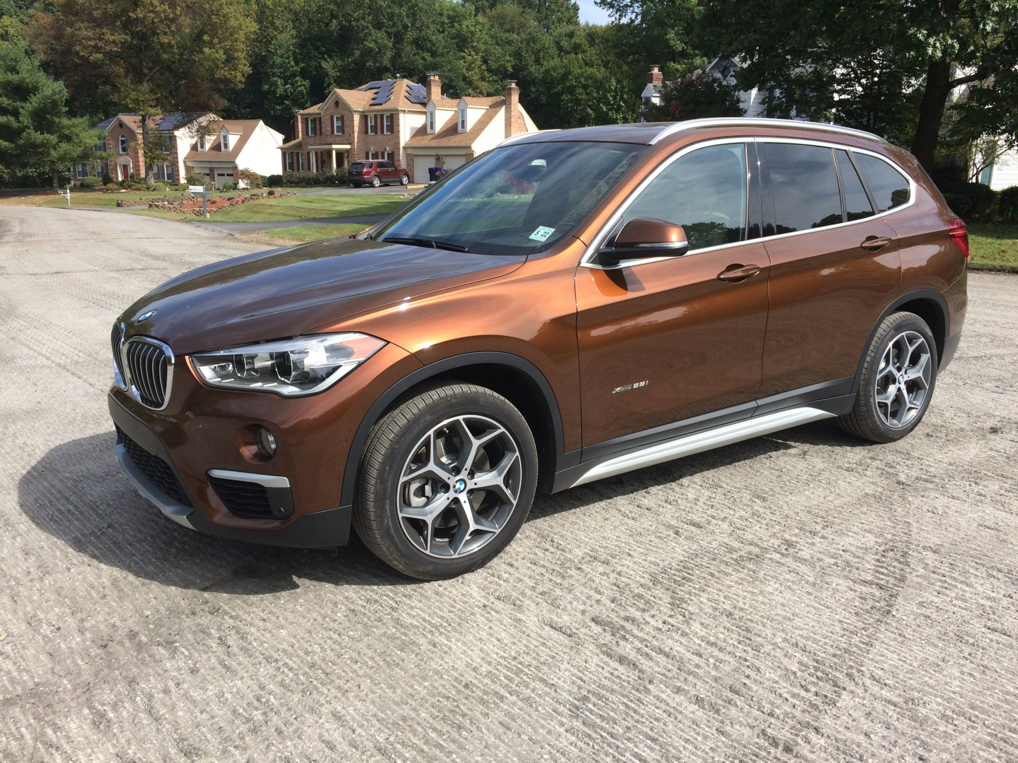 bmw x1 an improved more luxurious crossover wtop. Black Bedroom Furniture Sets. Home Design Ideas