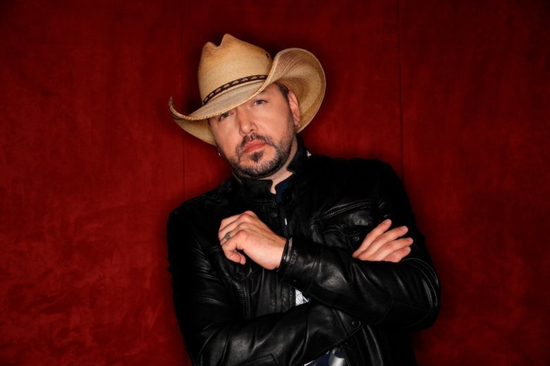 After Vegas Jason Aldean Carries The Weight Of Tragedy Wtop