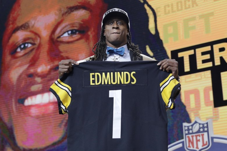 NFL_Draft_Football_95848-780x520.jpg