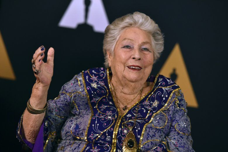 Anne V. Coates arrives at the 2016 Governors Awards in Los Angeles. Coates, an Oscar-winning film editor died Tuesday, May 8, 2018, at the Motion Picture Country Home and Hospital in Woodland Hills, Calif.. She was 92. (Photo by Jordan Strauss/Invision/AP, File)