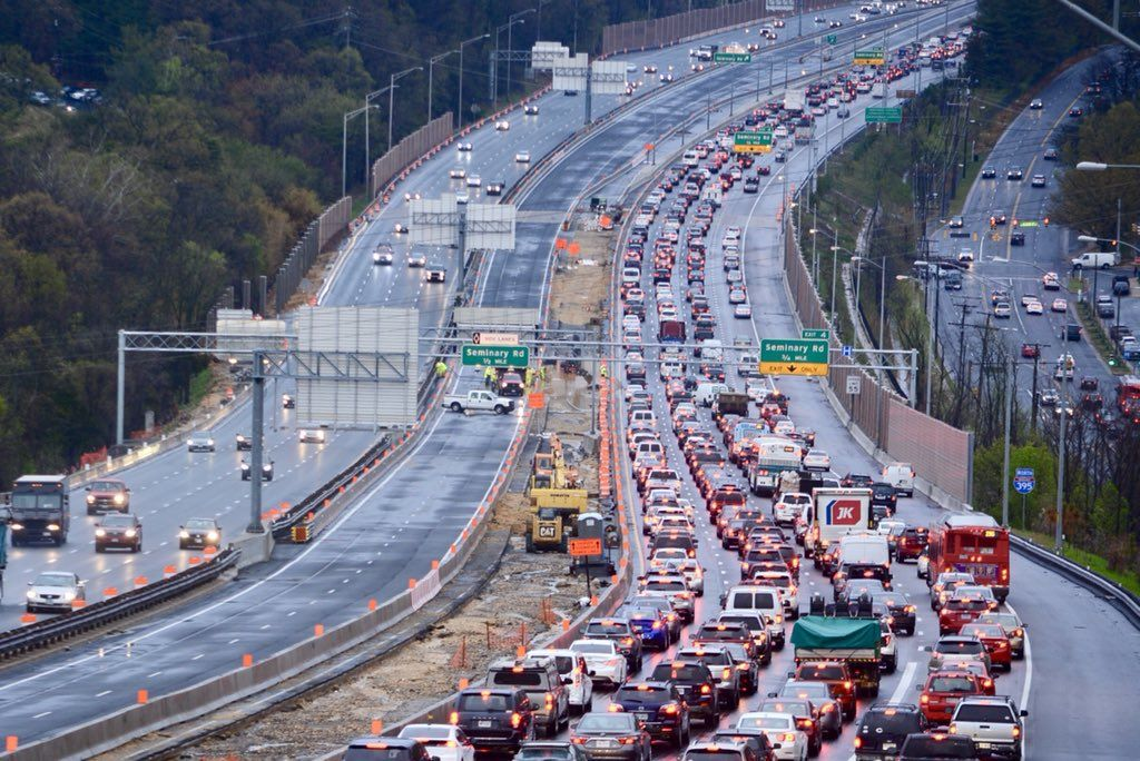 Painful delays for NB I-95 and I-395 with closure of I-395 HOV Lanes due to high water. (WTOP/Dave Dildine)