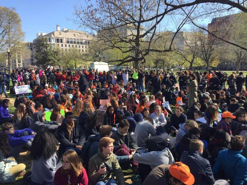 Hundreds of students sat silently for 19 minutes to honor those who have lost their lives to gun violence in the 19 years since the Columbine massacre. (WTOP/John Domen)