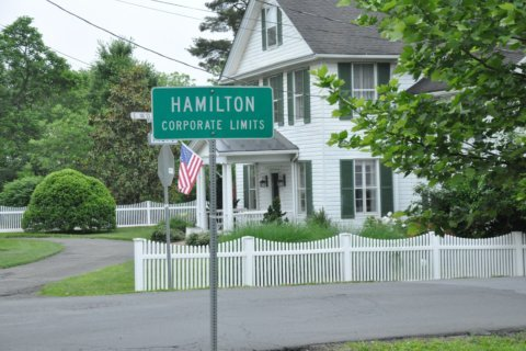 'It's Mayberry': In booming Loudoun, Hamilton holds on to small-town charm