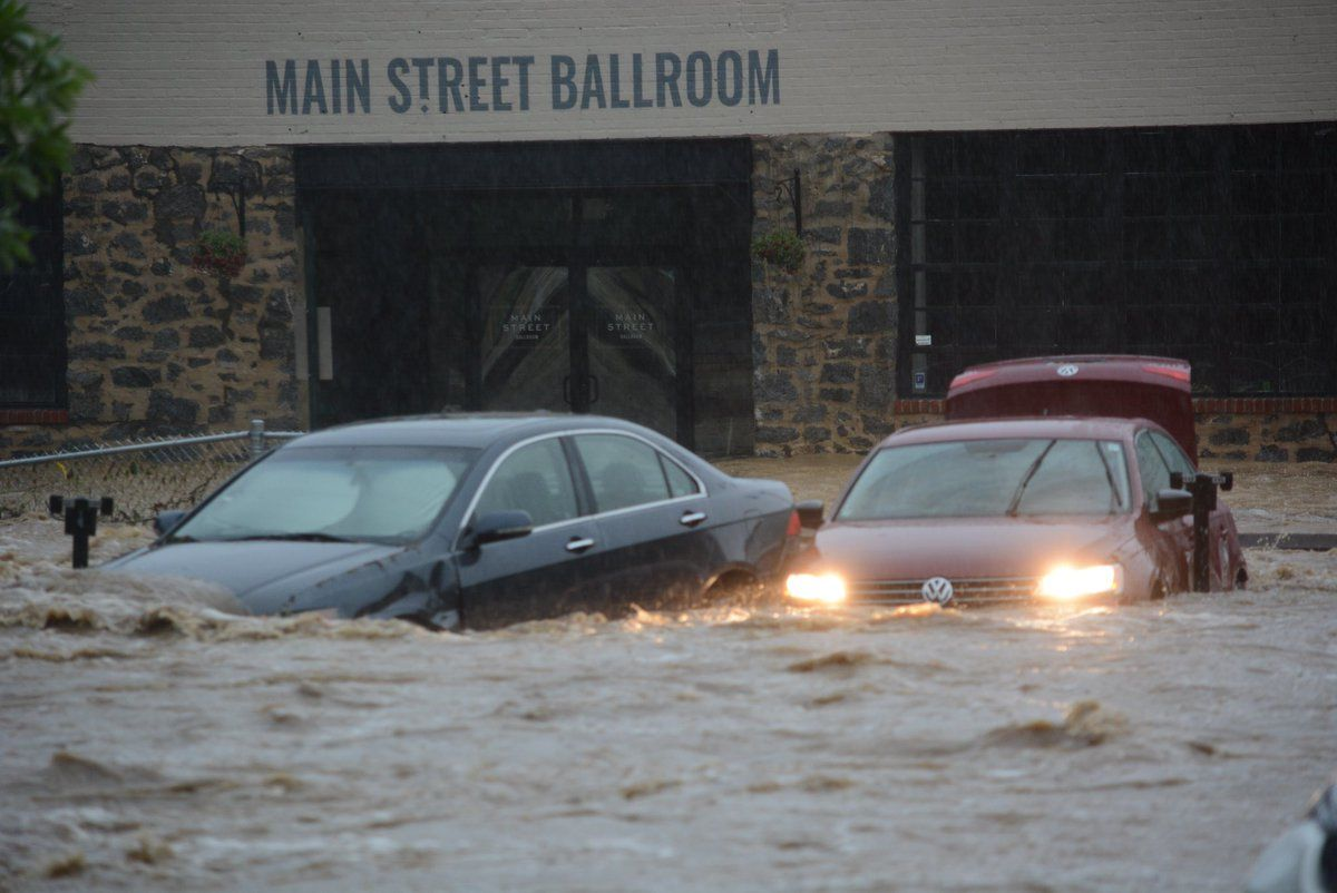 abandoned vehicles in high water in Ellicott City, Maryland