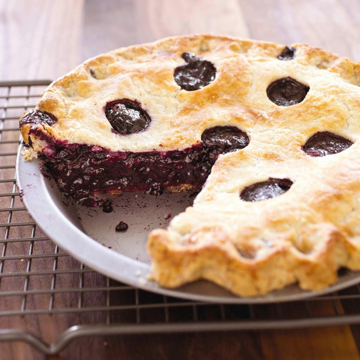 "This undated photo provided by America's Test Kitchen in May 2018 shows a blueberry pie in Brookline, Mass. This recipe appears in the cookbook ""The How Can It Be Gluten-Free Cookbook."" (Carl Tremblay/America's Test Kitchen via AP)"