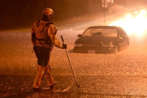Flood immerses roads, cars as heavy rains soak Md.'s Frederick Co.