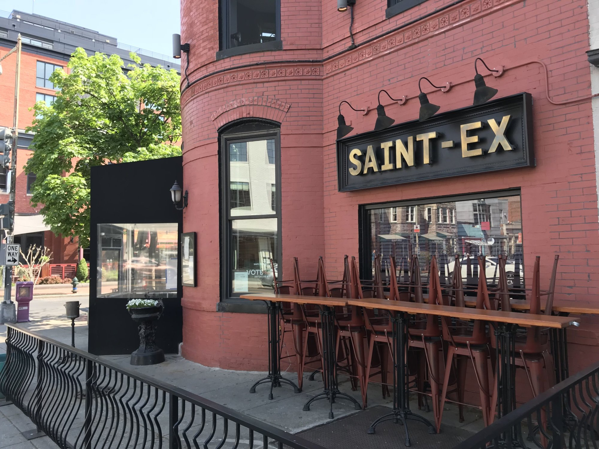 Ushering in a restaurant renaissance: 14th Street spot celebrates 15 years