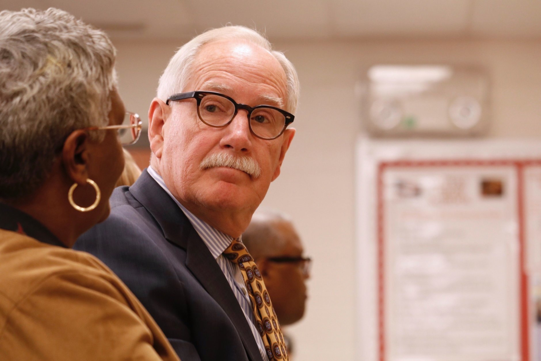 File photo of schools CEO Dr. Kevin Maxwell when he signed up for a second four-year term. (WTOP/Kate Ryan)