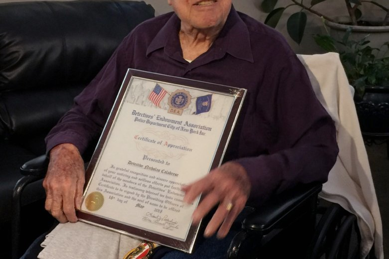 Oldest living retired NYPD detective honored by union | WTOP