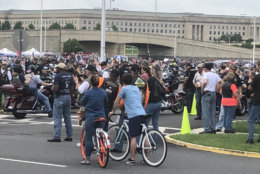 Bikers arriving at the Pentagon's parking lot ahead of Rolling Thunder. (WTOP/Melissa Howell)