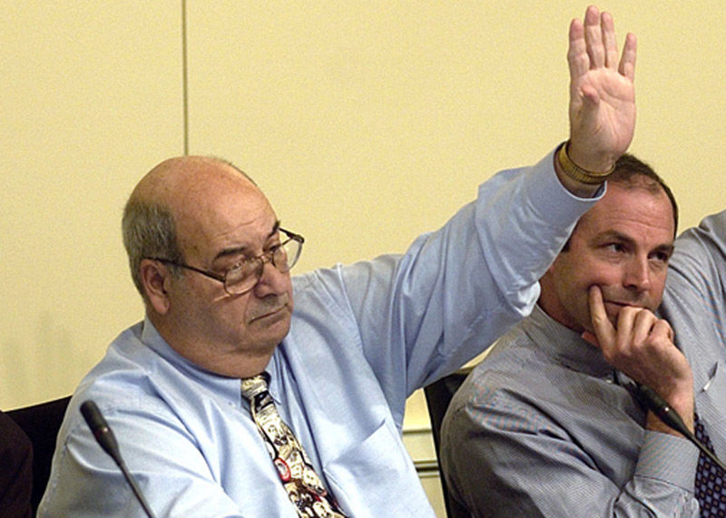 Delagates Theodore Sophocleus, D-Anne Arundel (left) during a meeting of the Maryland General Assembly in 2006. Sophocleus died on Friday, June 8, 2018. (AP Photo/Matthew S. Gunby)