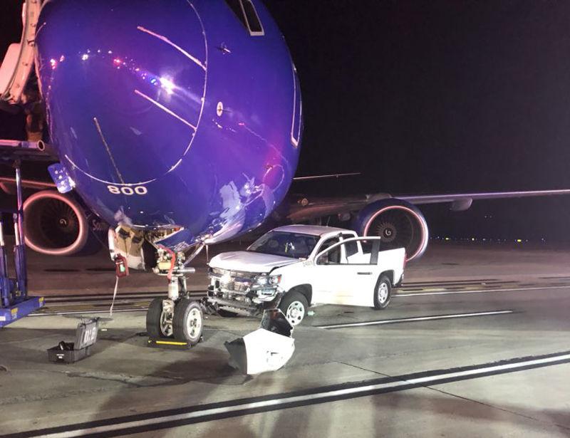 Pickup truck, plane crash at BWI | WTOP