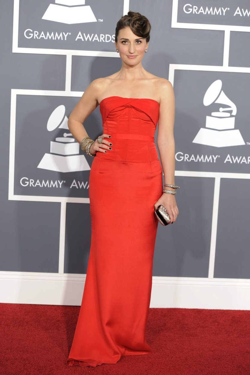 Sara Bareilles arrives at the 53rd annual Grammy Awards on Sunday, Feb. 13, 2011, in Los Angeles. (AP Photo/Chris Pizzello)