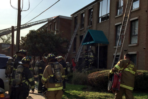 2 firefighters hospitalized after apartment fire in Southeast