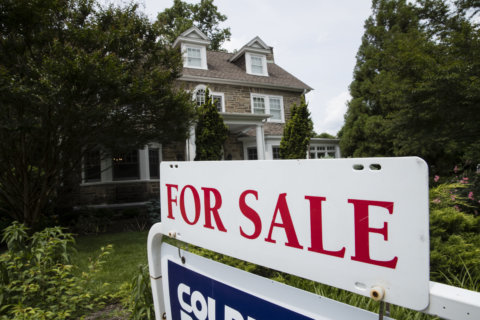 Mortgage rates down for 5th time in 6 weeks