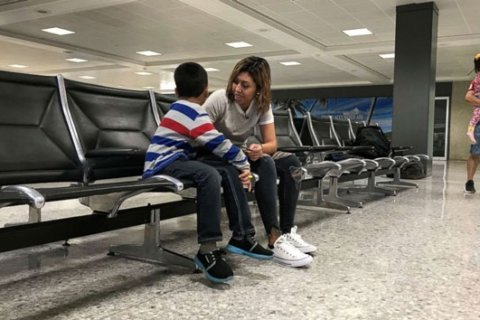 Salvadoran mother is reunited with her son after separation