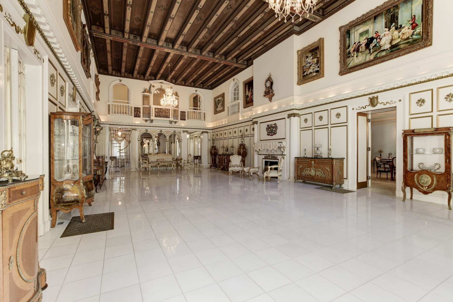 The site has played host to lavish ballroom parties and quieter moments enjoyed privately by some of the world's most powerful people. (Courtesy Long & Foster)