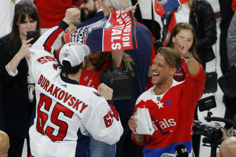 PHOTOS: Caps win their 1st Stanley Cup