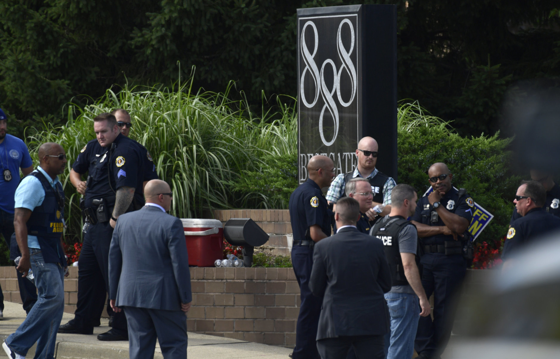 Police secure the scene of a shooting at a newspaper in Annapolis, Md., Thursday, June 28, 2018. (AP Photo/Susan Walsh)