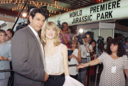 """Jurassic Park"" co-stars Jeff Goldblum and Laura Dern appear at the premiere of the Steven Spielberg-directed dinosaur thriller in Washington, June 9, 1993. The opening was a benefit for the children's defense fund. (AP Photo/Joe Marquette)"