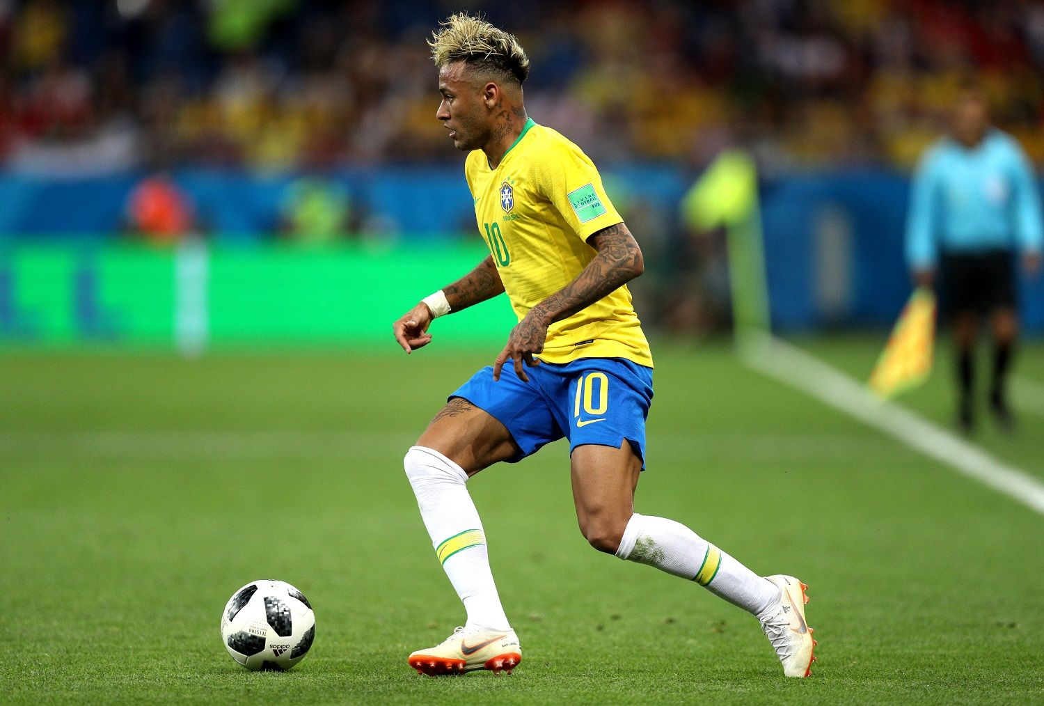 ROSTOV-ON-DON, RUSSIA - JUNE 17:  Neymar Jr of Brazil during the 2018 FIFA World Cup Russia group E match between Brazil and Switzerland at Rostov Arena on June 17, 2018 in Rostov-on-Don, Russia.  (Photo by Buda Mendes/Getty Images)