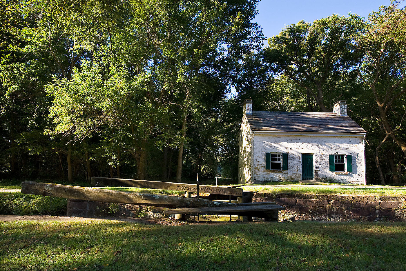Six historic lockhouses along the C&O Canal have been restored by the C&O Canal Trust and are available for overnight guests. This picture shows lockhouse 22 in Potomac, Maryland.(Courtesy C&O Canal Trust)