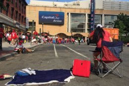 Early birds stake out a good seat before Game 5 Thursday afternoon. (WTOP/Kristi King)