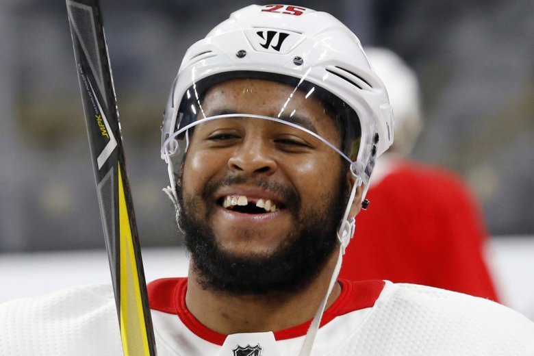 e665c6461ab Washington Capitals put playoff hero Smith-Pelly on waivers