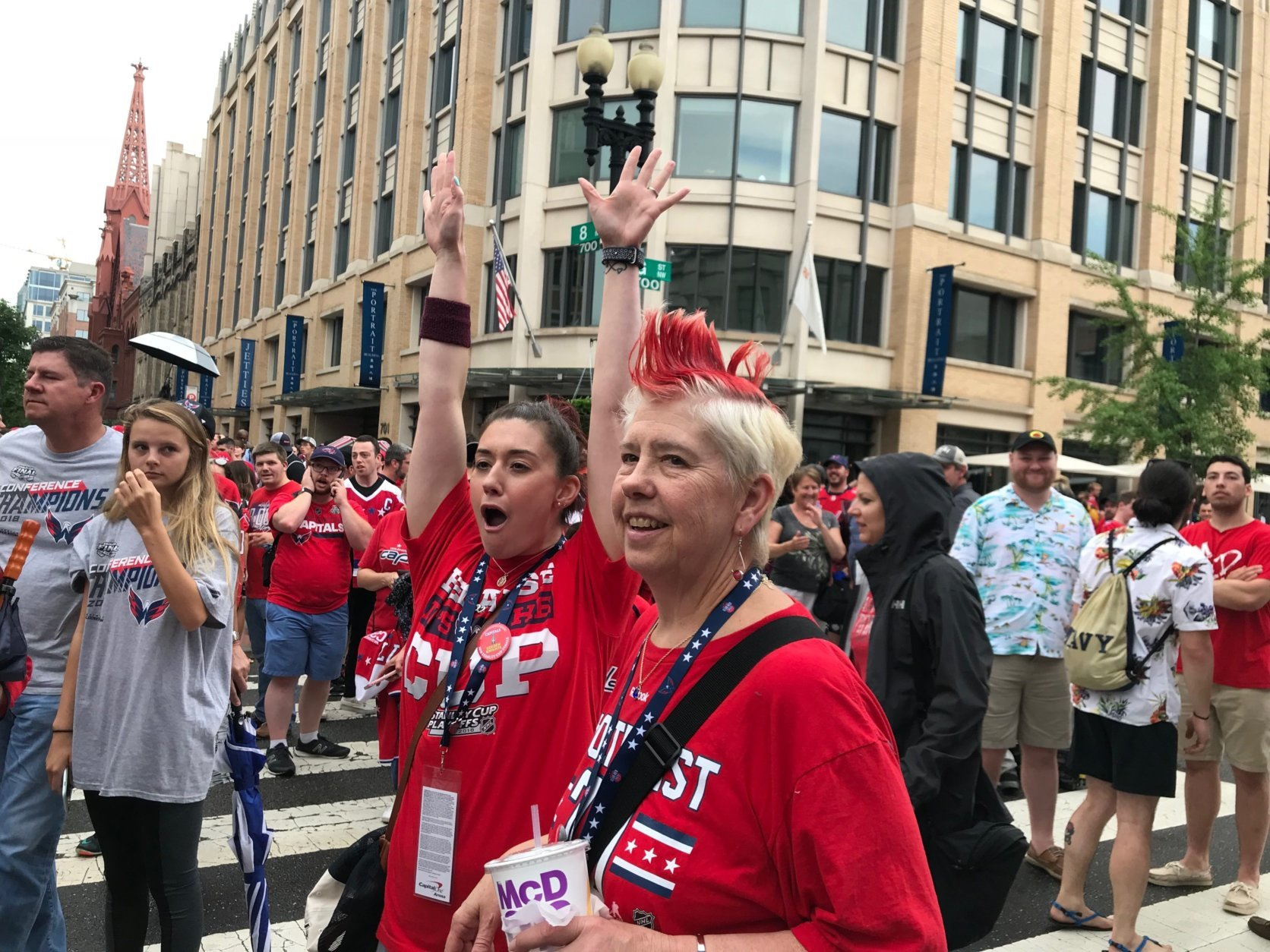Washington Capitals fans gather in front of the National Portrait Gallery for pregame concert on Saturday, June 2, 2018. (WTOP/Dick Uliano)
