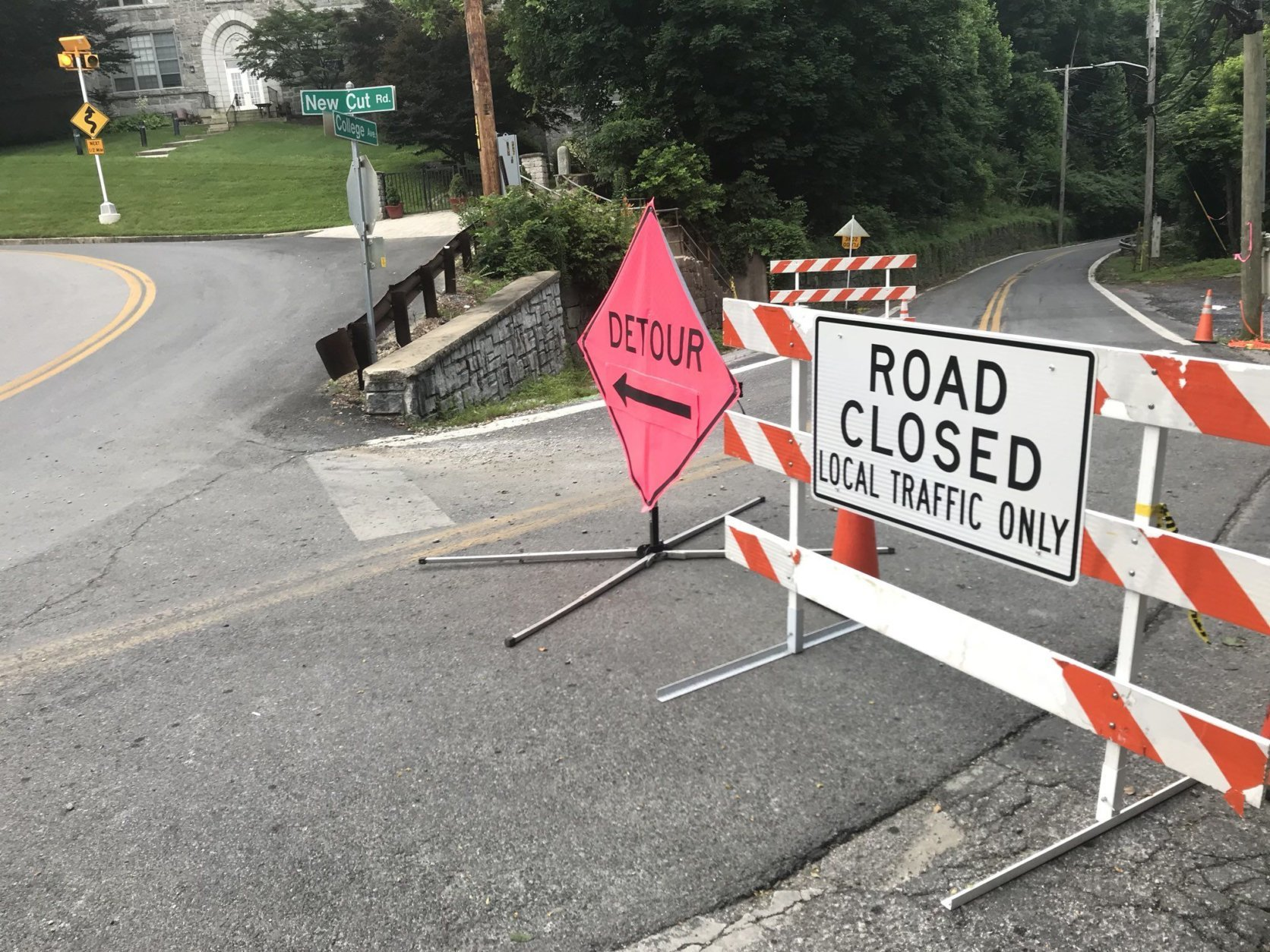 New Cut Road remains closed, but drivers approaching Ellicott City from the east can take Main Street to Maryland Avenue, then College Avenue as a commuting cut-through. (WTOP/Neal Augenstein)