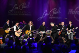 NEW YORK, NY - JUNE 09:  Jon Bonamasso, Neal Schon, Warren Haynes, G E Smith, Steve Miller, Joe Satriani and Steve Vai perform on stage at the Les Paul 100th Anniversary Celebration on June 9, 2015 in New York City.  (Photo by Theo Wargo/Getty Images for Les Paul Foundation)