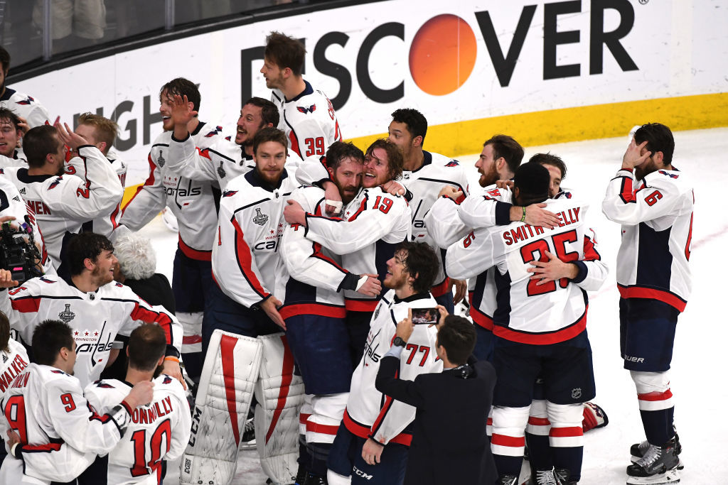 LAS VEGAS, NV - JUNE 07:  The Washington Capitals celebrate their 4-3 win over the Vegas Golden Knights to win the Stanley Cup in Game Five of the 2018 NHL Stanley Cup Final at T-Mobile Arena on June 7, 2018 in Las Vegas, Nevada.  (Photo by Ethan Miller/Getty Images)