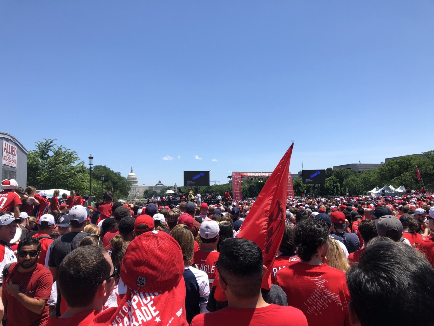 Caps fans pack the National Mall for Tuesday's rally celebrating the Stanley Cup champions. (WTOP/Joslyn Chesson)