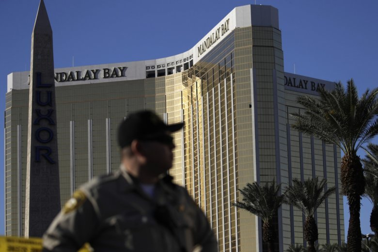 Vegas gunman Stephen Paddock was 'mentally ill, paranoid and delusional', brother says