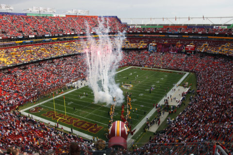 Redskins ask fans for help in regaining 'home-field advantage' at FedEx Field