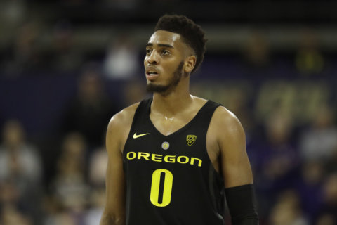 Wizards select Oregon swingman Troy Brown with 15th pick