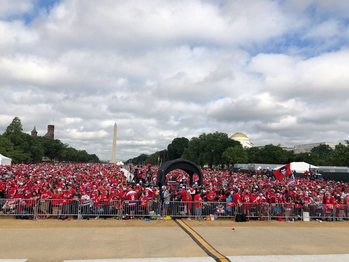 Washington Mayor Muriel Bowser posted this photo of the crowd to her Twitter account. (Courtesy MurielBowser via Twitter)
