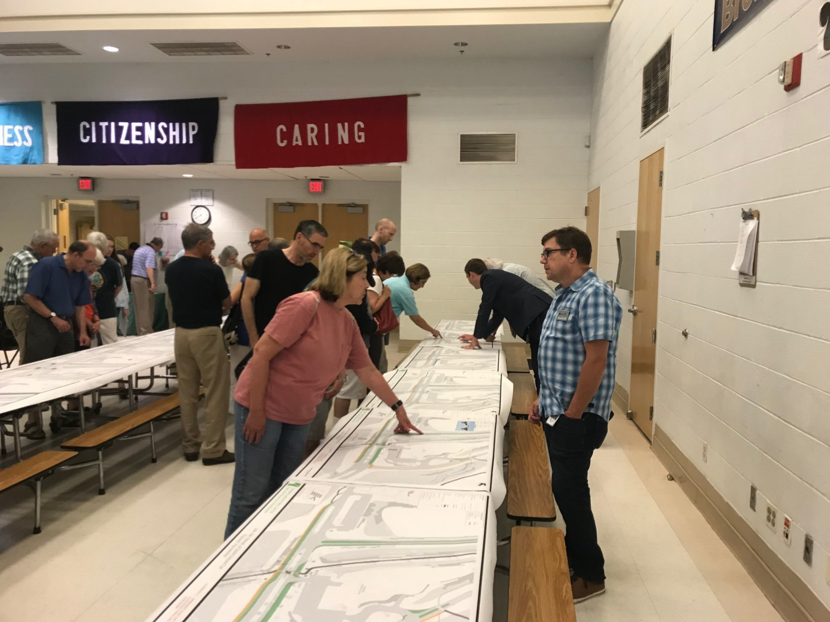 Montgomery County is seeking citizens' input on the proposed changes at a community meeting held by the Montgomery Parks at Somerset Elementary School in Chevy Chase. (WTOP/Dick Uliano)