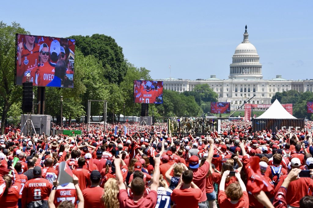 The crowd reacts to the appearance of star Alex Ovechkin on stage. Ovechkin was the Final MVP. (WTOP/Dave Dildine)