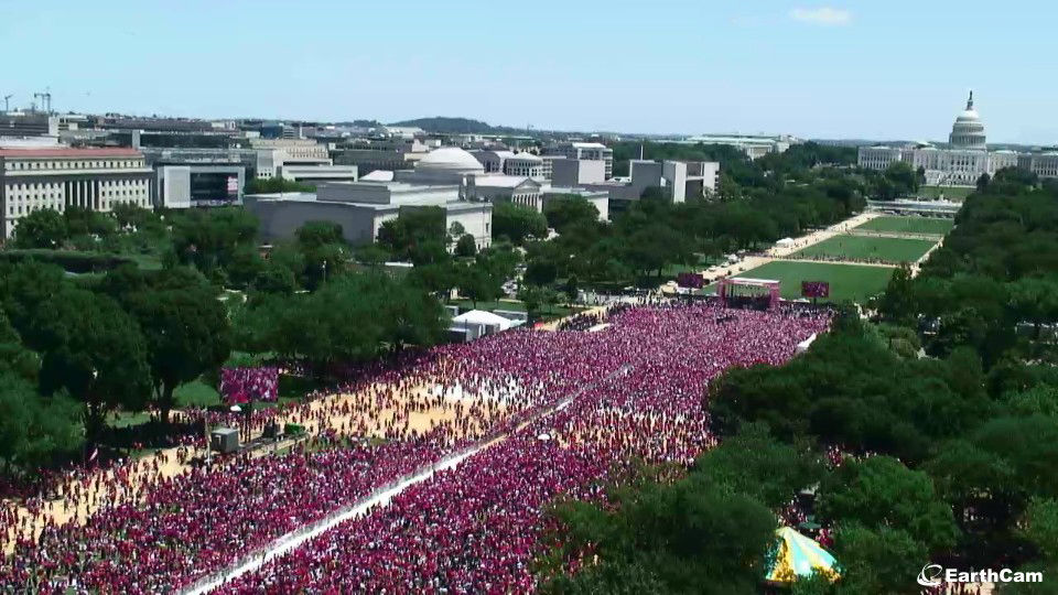The National Mall saw a burst of red with Caps fans gathered for Tuesday's rally. (Screenshot via EarthCam)