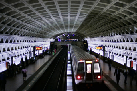 Federal report probes and critiques Metro investments, track maintenance