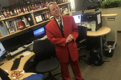 10 fun facts about Dave Preston's #RockTheRed suit