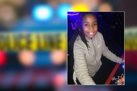 DC mom describes last moments of 10-year-old daughter shot at apt. complex