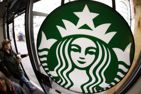 Starbucks to open DC store with focus on sign language