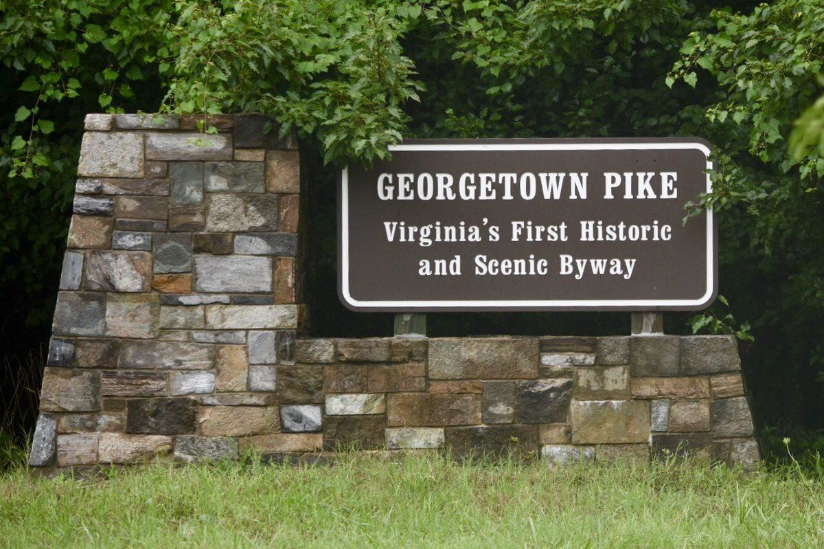 Authorities are on the scene on Georgetown Pike, where a fallen tree snagged wires. (WTOP/Dave Dildine)
