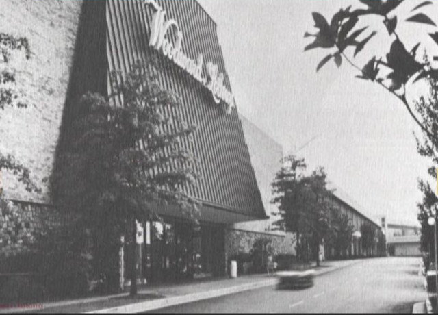 When Tysons Corner Center opened, the mall had just 35 stores. (Courtesy Tysons Corner Center)