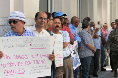 Taxi drivers argue DCA construction is 'destroying our business'