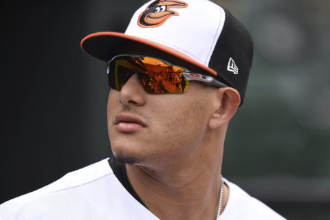 Baltimore Orioles trade Manny Machado to Dodgers for prospects