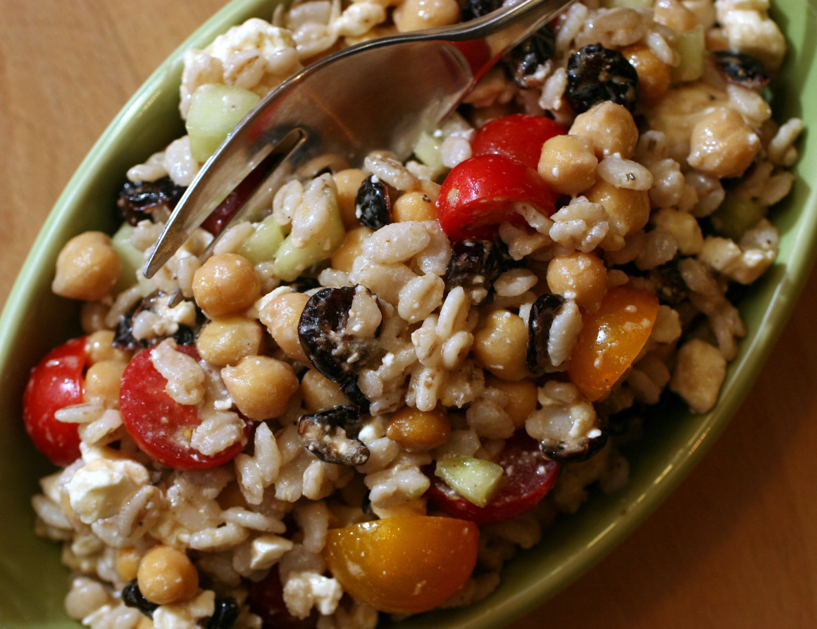 ** FOR USE WITH AP LIFESTYLES ** If salad fatigue is setting in, try grains instead of greens like in Barley Salad with Feta and Cranberries, shown in this July 11, 2007 photo. (AP Photo/Larry Crowe)