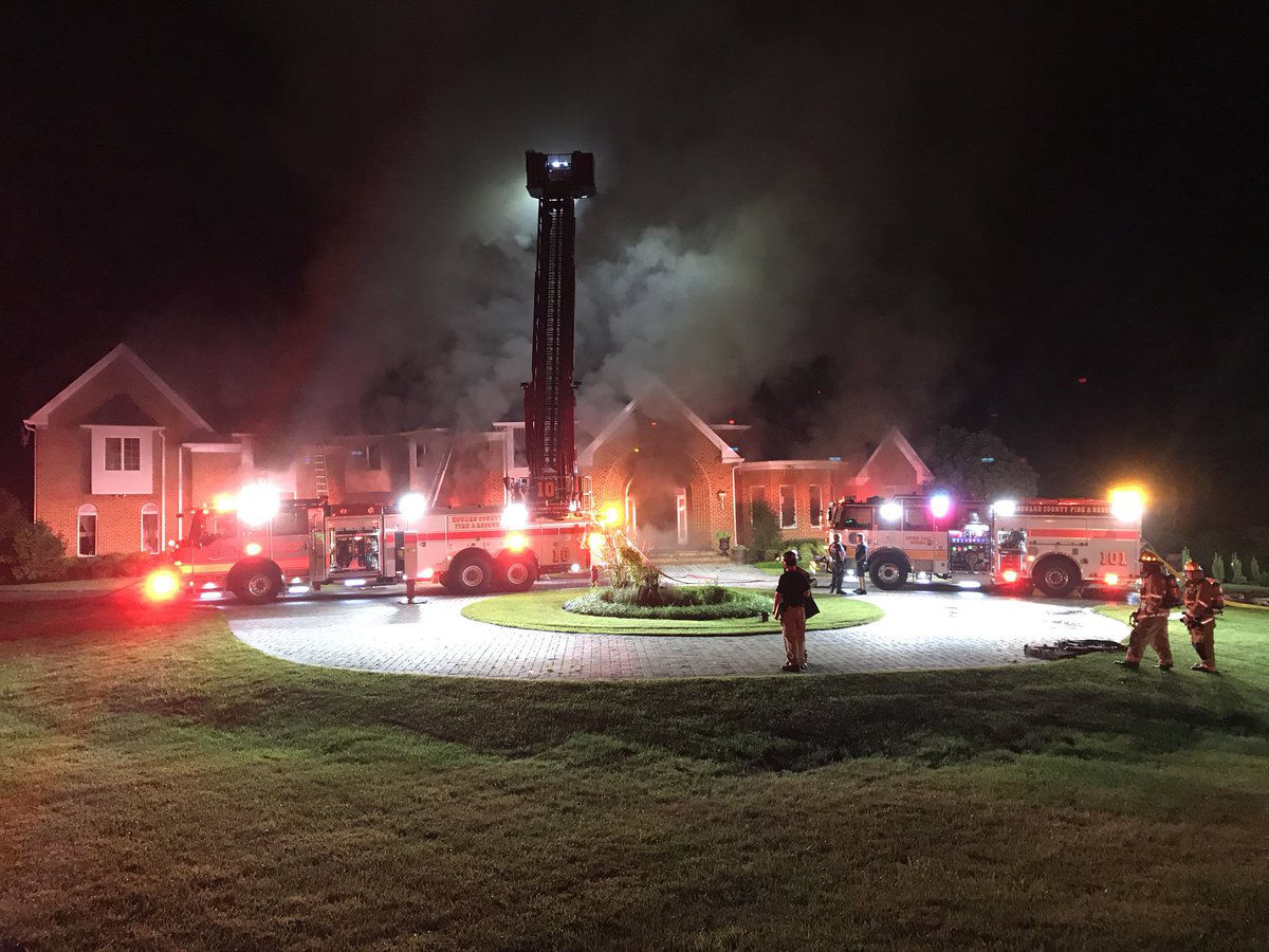 Howard Co. firefighter dies battling 7 alarm house fire in Clarksville